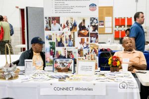homeless-veterans-stand-down-knoxville-event-photographer-women-veterans-of-america-national-guard-armory-39