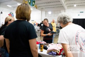 homeless-veterans-stand-down-knoxville-event-photographer-women-veterans-of-america-national-guard-armory-70