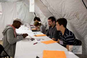 homeless-veterans-stand-down-knoxville-event-photographer-women-veterans-of-america-national-guard-armory-92