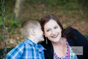 knoxville-event-photographer-mother-and-son-park-fall-leaves-knoxville-family-photography-3